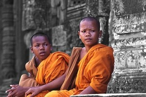 Mönche_Angkor2.jpg