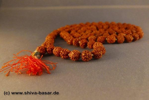 Rudraksha Mala 6mm Beeren